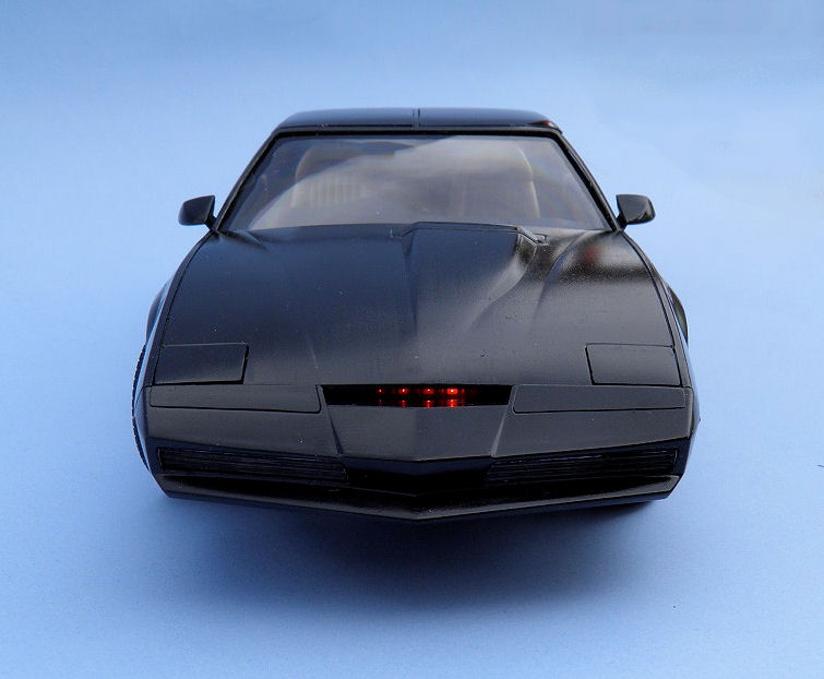 Review: Knight Rider, K I T T  Knight Industries Two