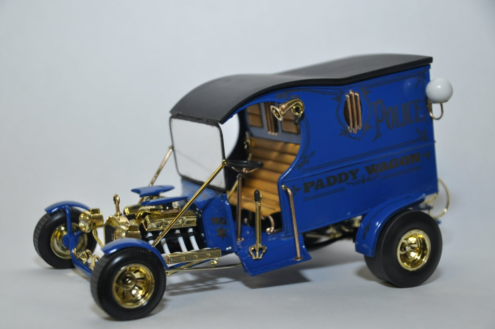 Review Paddy Wagon With Figures Ipms Usa Reviews
