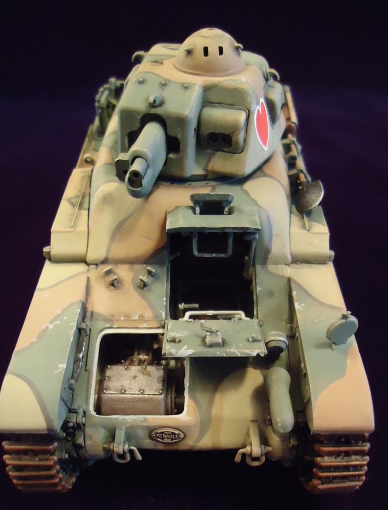 Build Your Own Porsche >> Review: R-35 Renault Light Infantry Tank   IPMS/USA Reviews